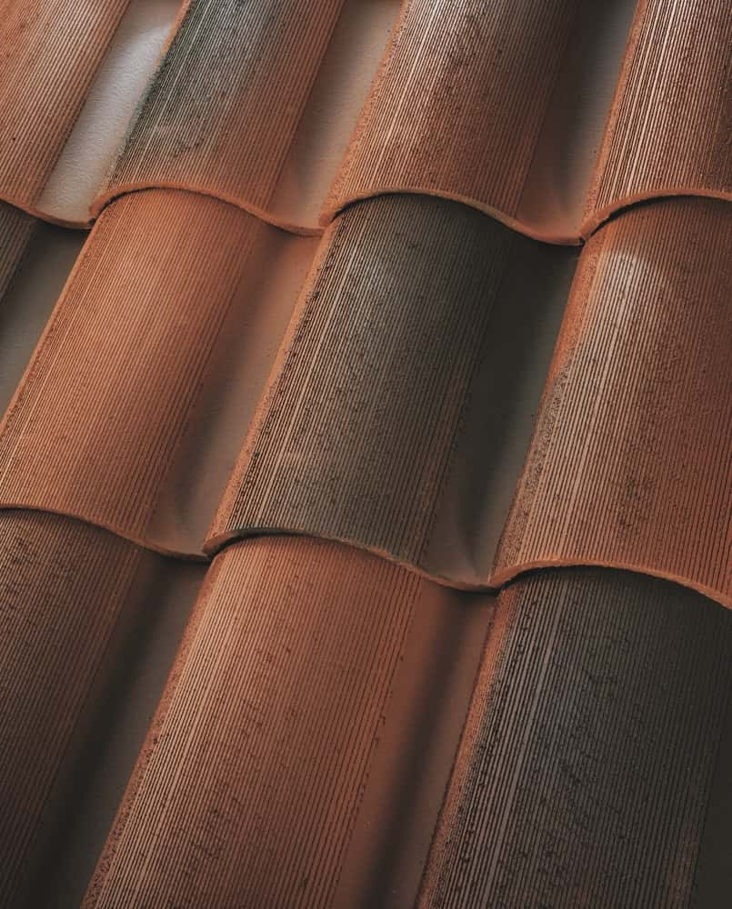 "BORAL 1-Piece ""S"" Tile Rustic Newport House"