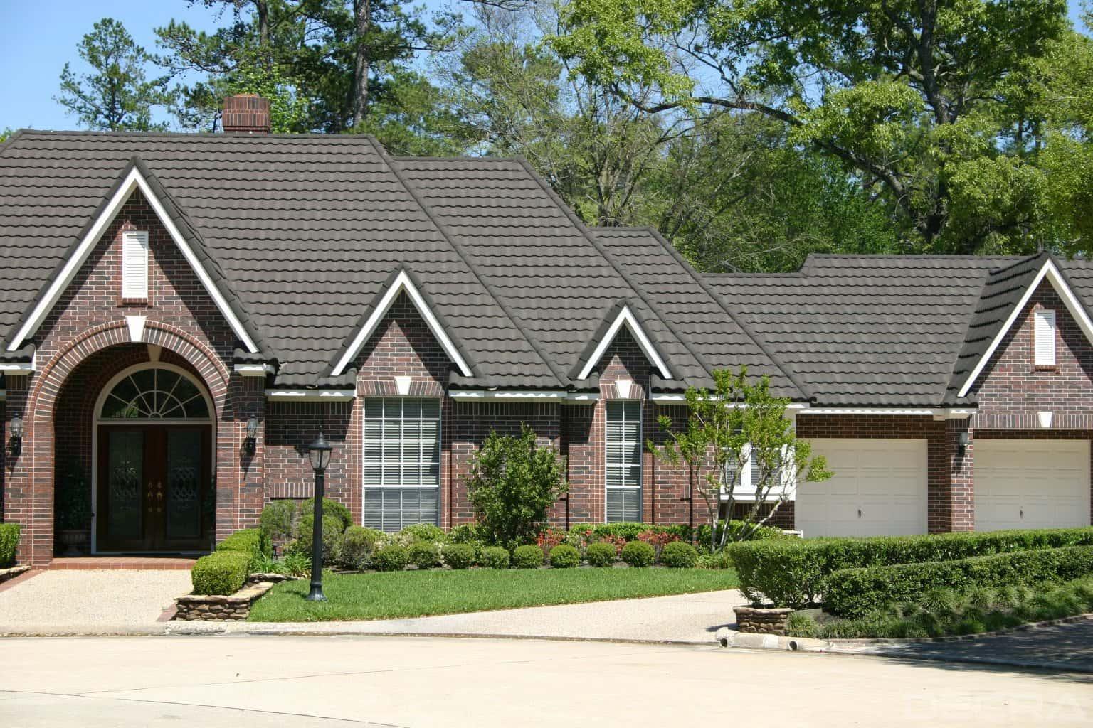 DECRA Tile Weathered Timber House