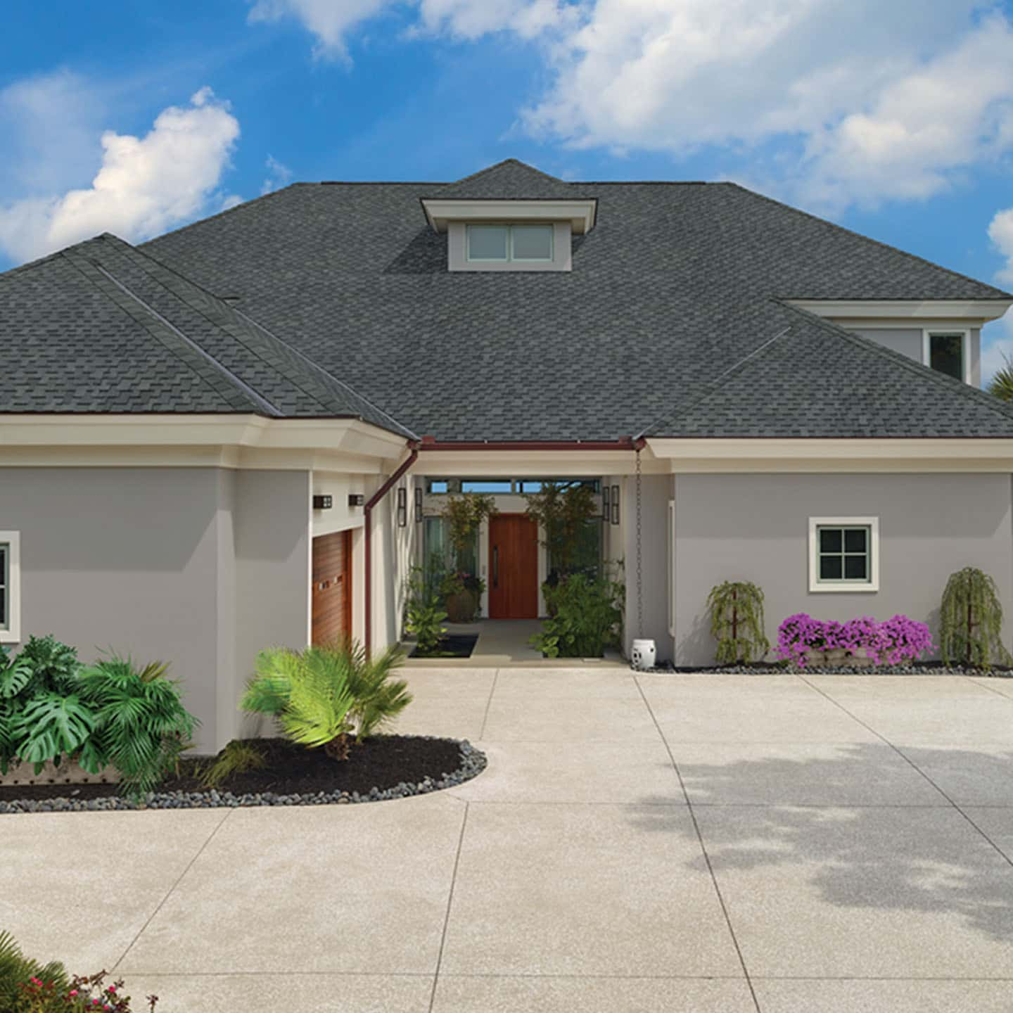 GAF Grand Sequoia Reflector Plus Charcoal Plus House