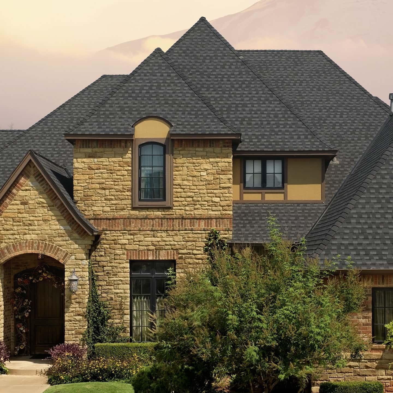 GAF Timberline UHD Charcoal House