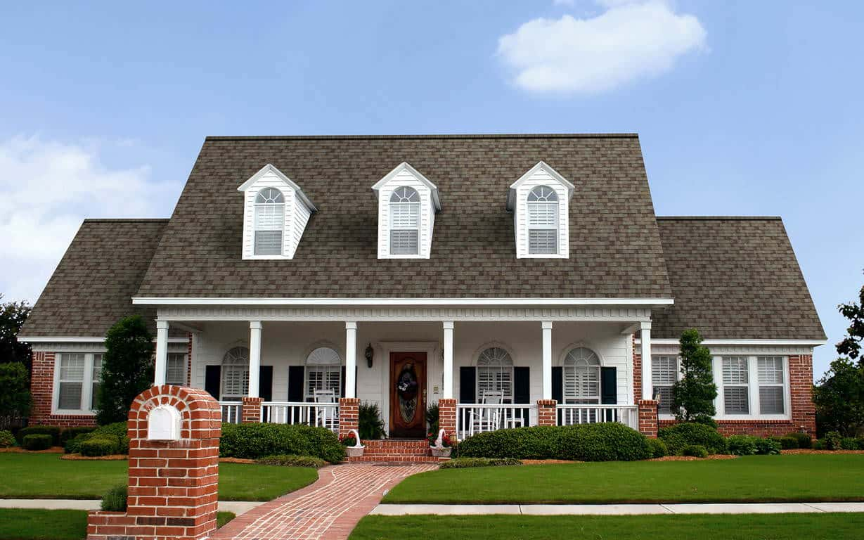 Owens Corning Duration Storm Driftwood House