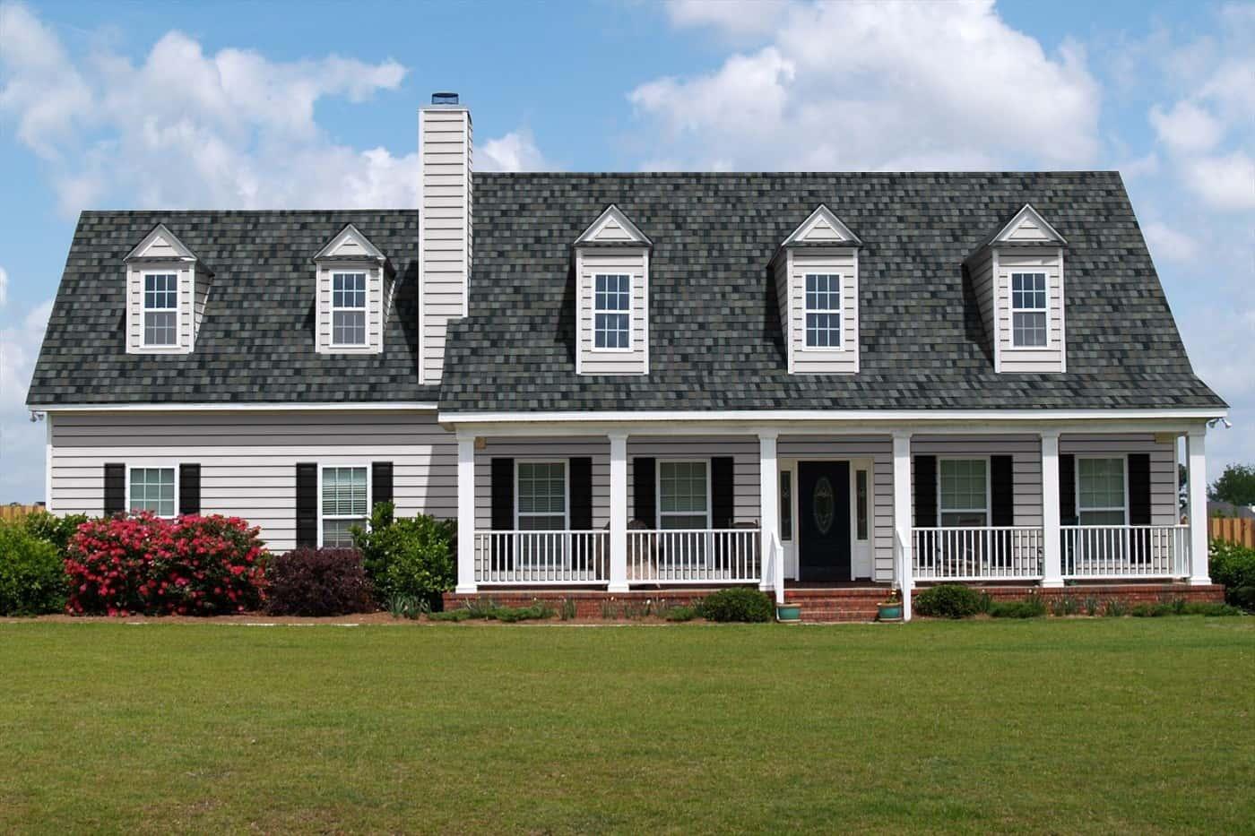 TAMKO Heritage IR Thunderstorm Grey House